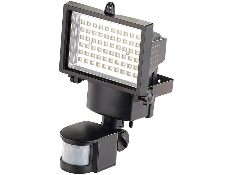 Wasserfeste LED Fluter (warmweiß) Wasserfeste LED Fluter (warmweiß)  Wasserfeste